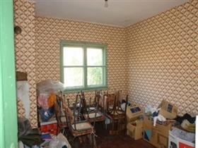Image No.13-Propriété de 3 chambres à vendre à Batishnitsa