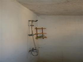 Image No.15-Propriété de 3 chambres à vendre à Batishnitsa