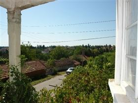 Image No.6-Propriété de 3 chambres à vendre à Batishnitsa