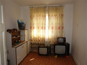 Image No.7-Propriété de 3 chambres à vendre à Batishnitsa