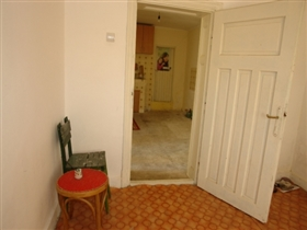 Image No.8-Propriété de 3 chambres à vendre à Batishnitsa