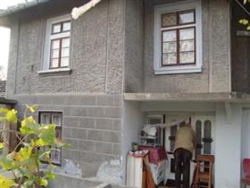 Image No.2-Propriété de 3 chambres à vendre à Gorsko Ablanovo