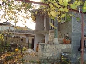 Image No.3-Propriété de 3 chambres à vendre à Gorsko Ablanovo