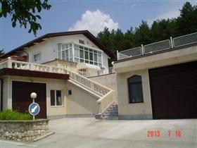 Image No.2-Propriété de 8 chambres à vendre à Pleven