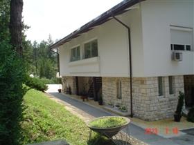 Image No.8-Propriété de 8 chambres à vendre à Pleven