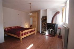 Image No.2-Propriété de 3 chambres à vendre à Smolyan