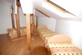 Image No.4-Propriété de 1 chambre à vendre à Smolyan