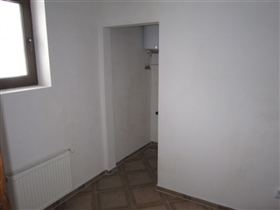 Image No.9-3 Bed Property for sale