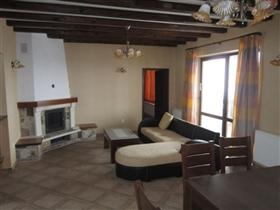 Image No.5-Propriété de 3 chambres à vendre à Momin Sbor