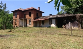 Image No.1-Propriété de 3 chambres à vendre à Gabrovo