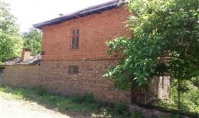 Image No.3-Propriété de 3 chambres à vendre à Gabrovo