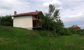 Image No.3-Propriété de 3 chambres à vendre à Gostilitsa