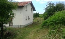 Image No.8-Propriété de 3 chambres à vendre à Gostilitsa