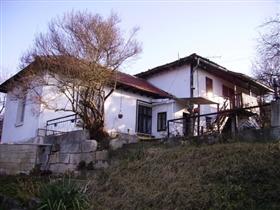 Image No.15-Propriété de 3 chambres à vendre à Dve Mogili