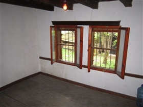 Image No.22-5 Bed House for sale
