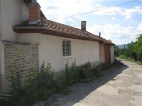 Image No.1-Maison de 3 chambres à vendre à Kosarka