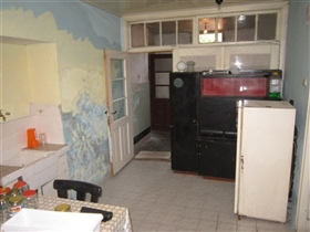 Image No.8-3 Bed Property for sale
