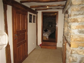 Image No.18-6 Bed House for sale