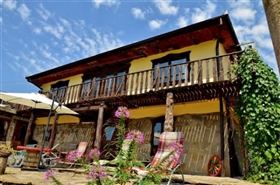 Image No.1-8 Bed Country Property for sale