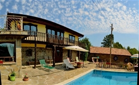 Image No.4-8 Bed Country Property for sale