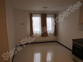 Image No.3-Maison de ville de 3 chambres à vendre à Veliko Tarnovo