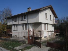 Tserova Koriya, Village House
