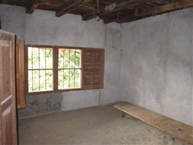 Image No.17-4 Bed Cottage for sale