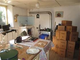 Image No.24-4 Bed Cottage for sale
