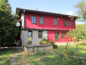 1 - Slaveykovo, Country Property