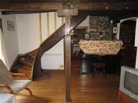 Image No.16-3 Bed Country Property for sale