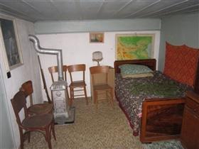 Image No.23-3 Bed Cottage for sale