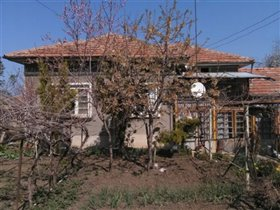 Ivancha, Country Property