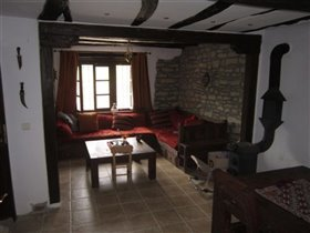 Image No.11-3 Bed Village House for sale