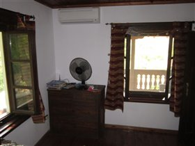 Image No.21-3 Bed Village House for sale