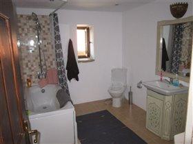 Image No.22-3 Bed Village House for sale