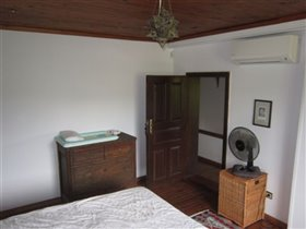 Image No.27-3 Bed Village House for sale