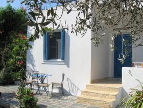 Image No.5-Villa / Détaché de 1 chambre à vendre à Asini