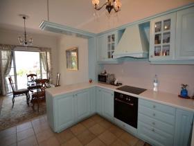 Image No.6-Maison de 4 chambres à vendre à Pera Melana