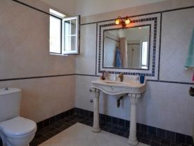 Image No.9-Maison de 4 chambres à vendre à Pera Melana