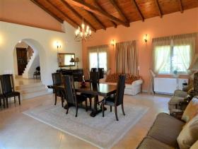Image No.19-Maison de 4 chambres à vendre à Pera Melana