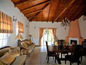 Image No.18-Maison de 4 chambres à vendre à Pera Melana