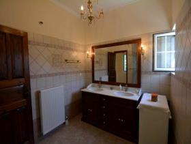 Image No.20-Maison de 4 chambres à vendre à Pera Melana