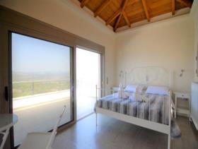 Image No.19-Maison / Villa de 4 chambres à vendre à Tolo