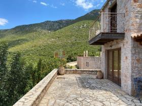 Image No.3-Maison / Villa de 4 chambres à vendre à Tyros