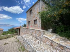 Image No.5-Maison / Villa de 4 chambres à vendre à Tyros