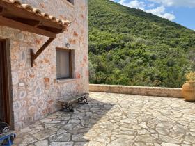 Image No.14-Maison / Villa de 4 chambres à vendre à Tyros