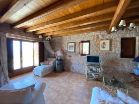 Image No.16-Maison / Villa de 4 chambres à vendre à Tyros