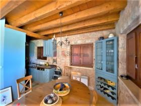 Image No.17-Maison / Villa de 4 chambres à vendre à Tyros