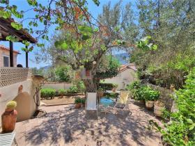 Image No.2-Maison / Villa de 2 chambres à vendre à Tyros