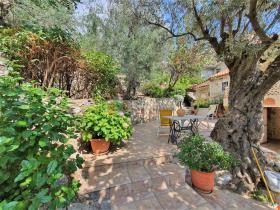 Image No.10-Maison / Villa de 2 chambres à vendre à Tyros